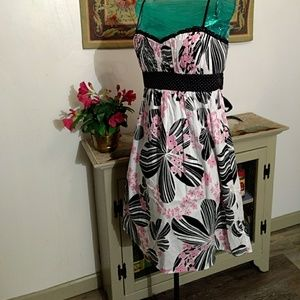 Size 11floral  summer dress